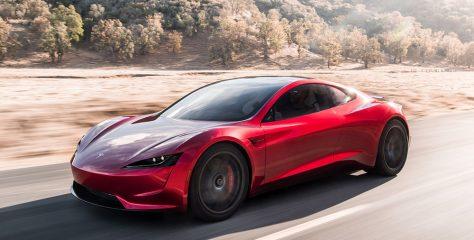 อีลอน มัสก์อาจติดตั้งจรวดผลักดันกับรถยนต์ไฟฟ้า Tesla Roadster รุ่นใหม่