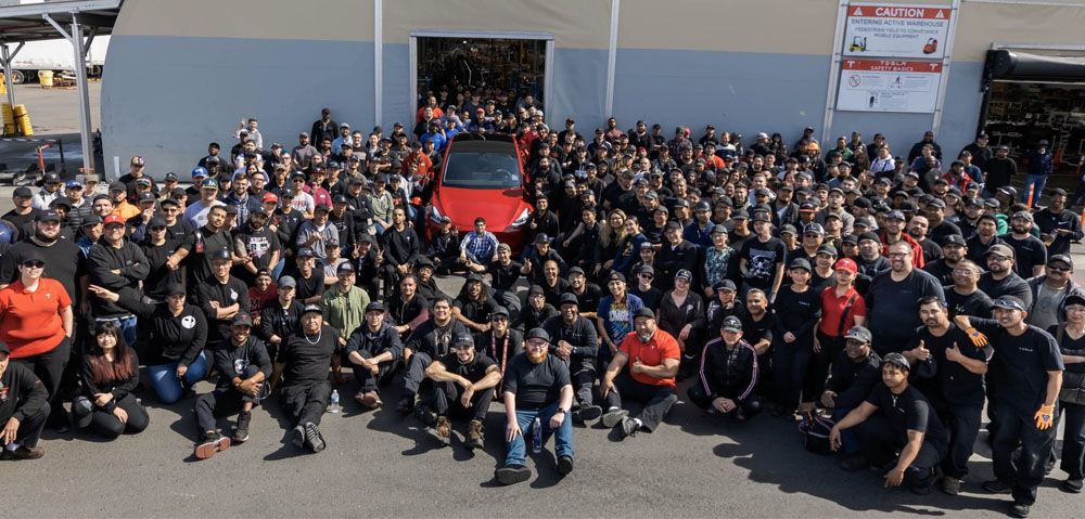 tesla-team-on-making-our-1000000-cars